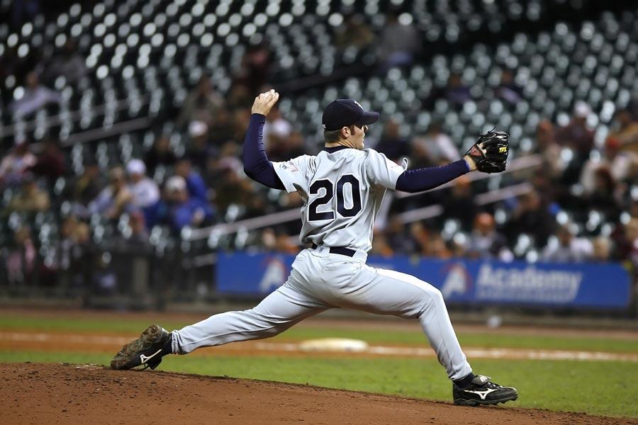 Best Youth Baseball Cleats for pitchers coastalfloridasportspark