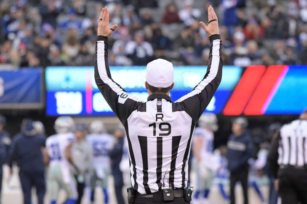 How much do NFL referees get paid coastalfloridasportspark 3