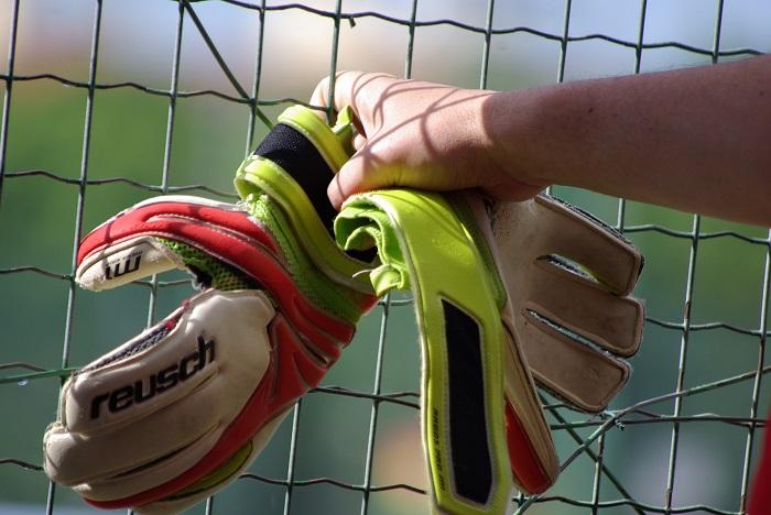 How to clean football gloves coastalfloridasportspark 2