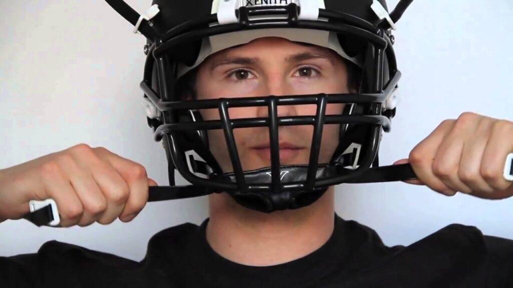How to put a chin strap on a football helmet coastalfloridasportspark 3