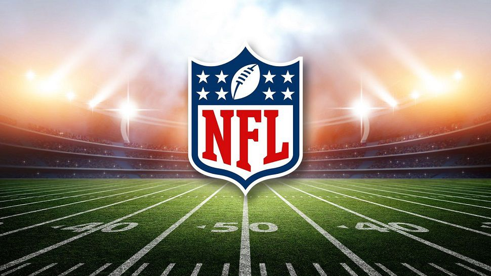 who is the oldest nfl player