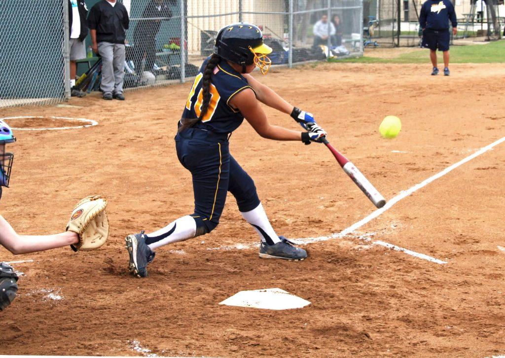how to swing a bat in softball coastalfloridasportspark 1
