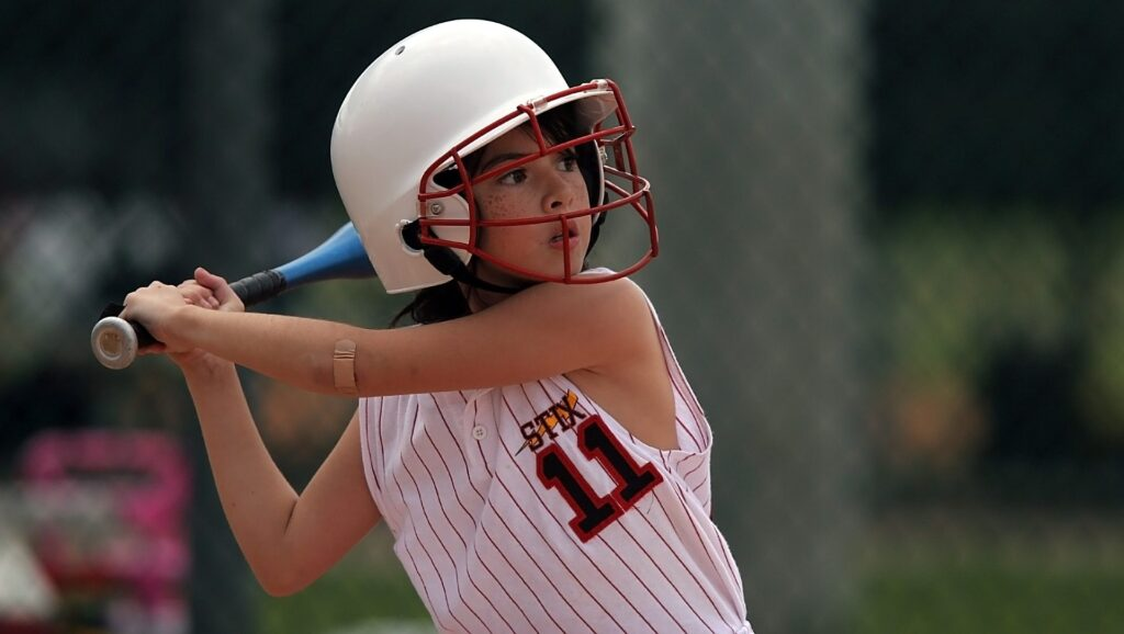 how to swing a bat in softball coastalfloridasportspark 3