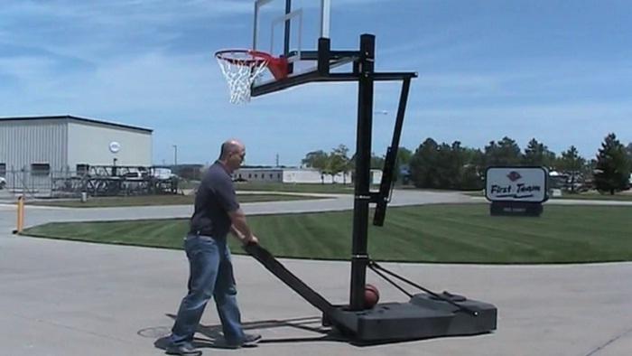 tips for filling a portable basketball hoop coastalfloridasportspark 3