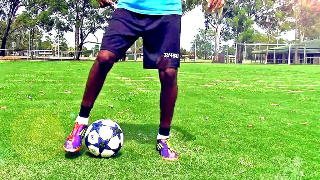 tips on how to improve your weak foot in soccer coastalfloridasportspark 3