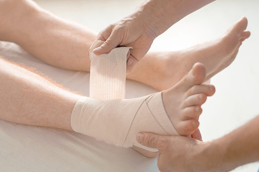 What is the difference between a Sprain and a Strain